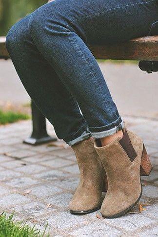 22c985ba4d3ed44b896ff1b6b2819521--cute-winter-shoes-winter-snow-boots